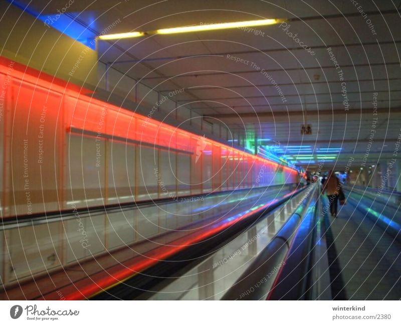 Flughafen München Licht Tunnel Farbe Gate Ferien & Urlaub & Reisen