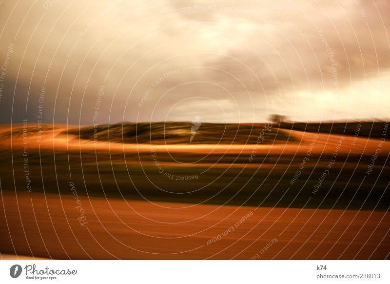 Zaragoza Himmel Natur Wolken Umwelt Landschaft Bewegung Sand braun Feld Erde fahren Urelemente Verkehrswege Autofahren Straßenverkehr Wolkendecke