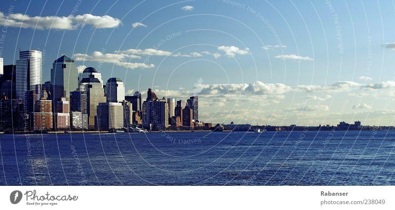 Downtown Manhattan Himmel Wasser Stadt Ferien & Urlaub & Reisen Wolken Architektur Gebäude Tourismus Hochhaus USA Fluss Bauwerk Skyline Stadtzentrum York