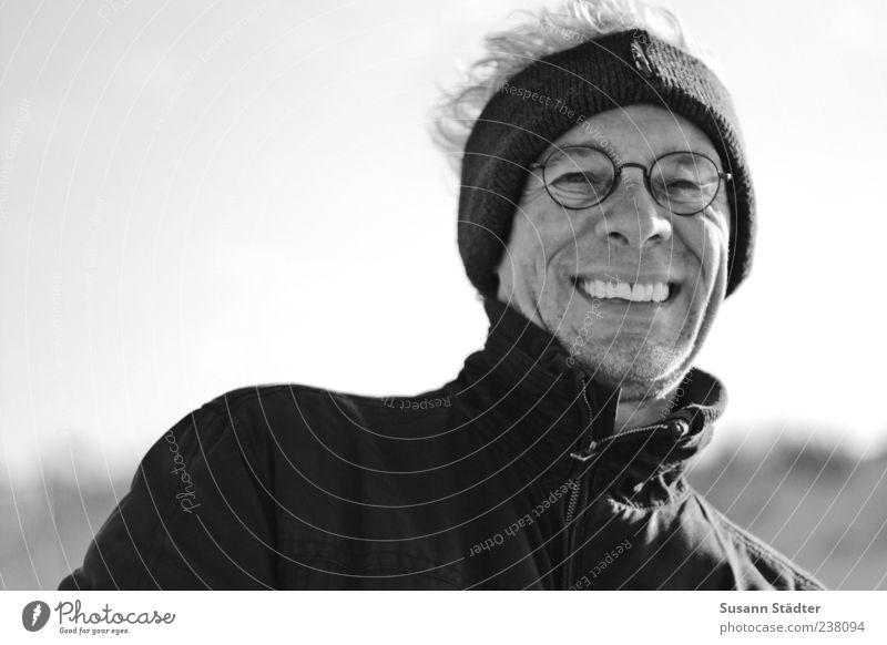 Spiekeroog | Spielking maskulin Kopf Freude Glück Zufriedenheit Lebensfreude Begeisterung Optimismus Kraft Lächeln lachen Stirnband Jacke Brille Brillenträger