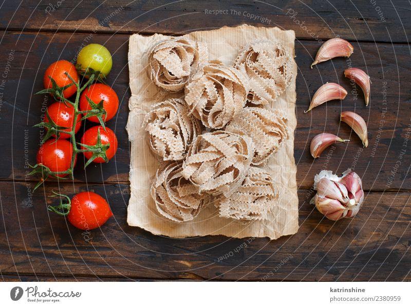 rot dunkel braun frisch Tisch Tradition Diät Mahlzeit Vegetarische Ernährung Tomate rustikal roh Zutaten Italienisch Knoblauch