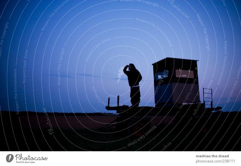 SEHNSUCHT Mensch Himmel Natur Einsamkeit ruhig Ferne Umwelt Landschaft Horizont Feld maskulin stehen Suche beobachten Schönes Wetter Sehnsucht