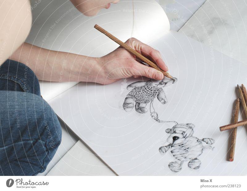 Malen nach Zahlen Mensch Jugendliche Hand weiß Erwachsene Kunst Freizeit & Hobby außergewöhnlich 18-30 Jahre Papier malen Kreativität zeichnen Schreibstift