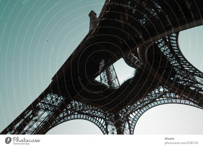 Schwermetall Ferien & Urlaub & Reisen Tourismus Ausflug Sightseeing Städtereise Himmel Wolkenloser Himmel Schönes Wetter Paris Frankreich Europa Hauptstadt