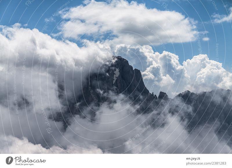 verstecken Ferien & Urlaub & Reisen Ferne Berge u. Gebirge wandern Natur Landschaft Urelemente Himmel Wolken Gewitterwolken Klima Klimawandel schlechtes Wetter