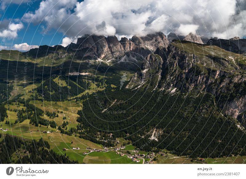 Grödner Tal Ferien & Urlaub & Reisen Tourismus Ausflug Abenteuer Ferne Freiheit Sommer Sommerurlaub Berge u. Gebirge wandern Natur Landschaft Wolken Felsen
