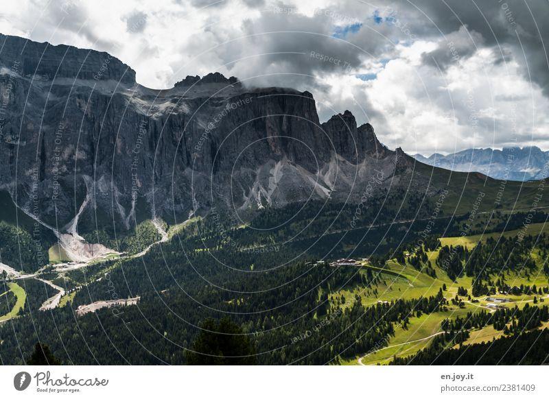 bewölkt Natur Ferien & Urlaub & Reisen Sommer Landschaft Wolken Ferne Berge u. Gebirge dunkel Tourismus Felsen Ausflug wandern Wetter Abenteuer Italien Klima