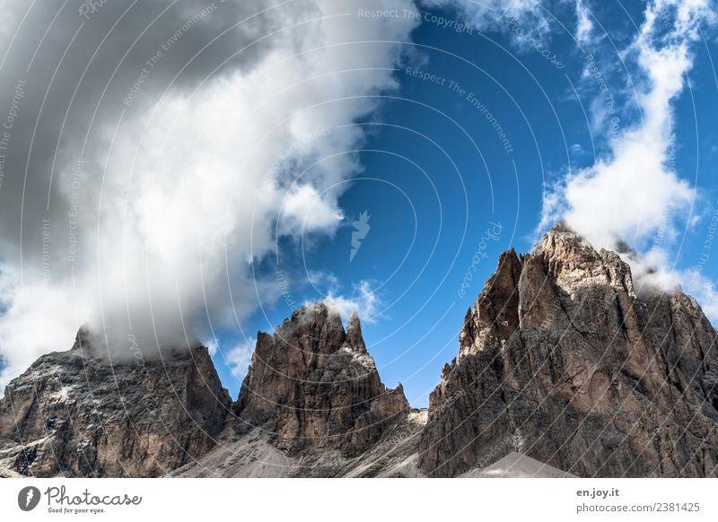 Wolkenfänger Himmel Natur Ferien & Urlaub & Reisen Sommer blau Landschaft Ferne Berge u. Gebirge Umwelt Tourismus Freiheit Felsen Ausflug wandern Abenteuer