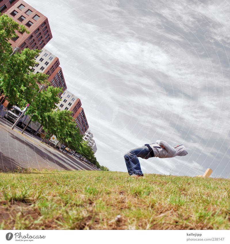erdachse Mensch Himmel Mann Sommer Baum Wolken Haus Erwachsene Wiese Straße Gras Wege & Pfade Körper maskulin fallen Jeanshose