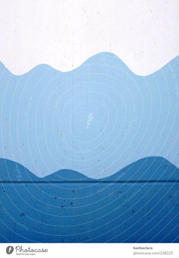 Badesaison blau Wasser weiß Sommer Wand Mauer hell Wellen Design frisch ästhetisch Schwimmbad Schönes Wetter Gemälde Symmetrie Fuge