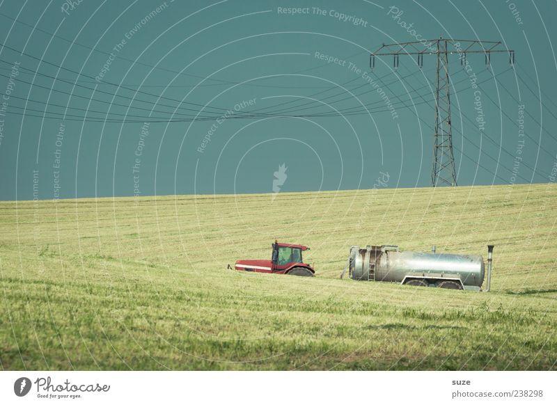 Sickergrube Arbeit & Erwerbstätigkeit Landwirtschaft Forstwirtschaft Maschine Umwelt Natur Himmel Wolkenloser Himmel Horizont Wetter Wiese Feld Traktor