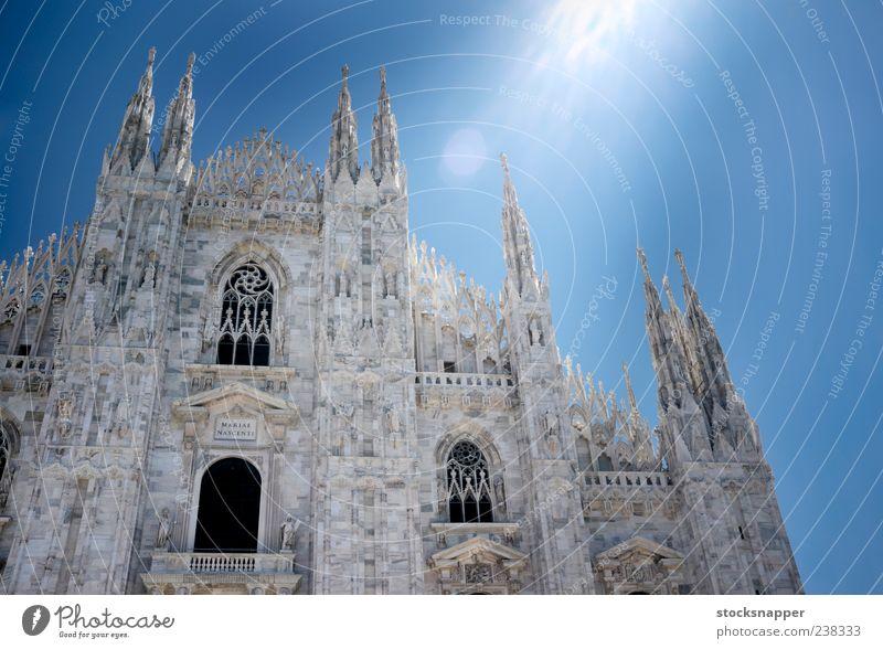 Mailand alt Tag Beleuchtung Lichtschein Sonnenlicht Lichterscheinung Fassade Lombardei Italienisch Gebäude Dom Duomo