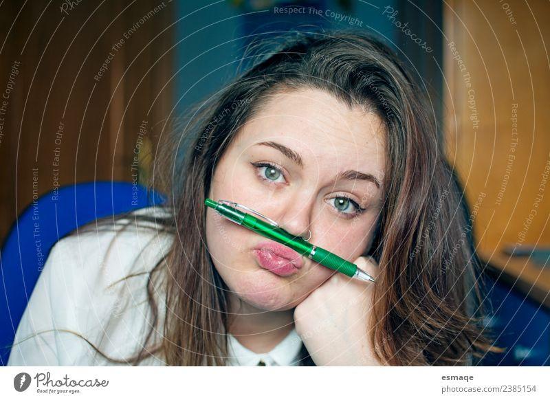 Mensch Jugendliche Junge Frau schön Erholung Lifestyle lustig natürlich Schule retro Kindheit verrückt Lebensfreude lernen einzigartig niedlich