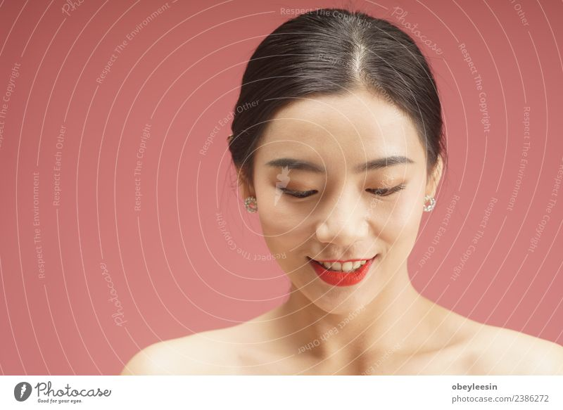 Schönes junges asiatisches Frauengesicht Porträt elegant Glück schön Körper Haare & Frisuren Haut Gesicht Schminke Behandlung Wellness Spa Erwachsene Mode