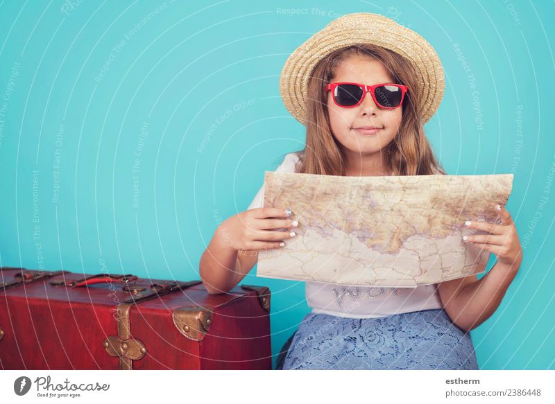 Kind Mensch Ferien & Urlaub & Reisen Freude Mädchen Lifestyle Gefühle feminin Glück Tourismus Freiheit Ausflug wandern Kindheit Lächeln Fröhlichkeit