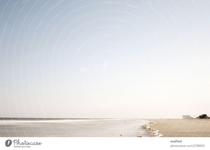 Sonntag Morgen am Strand Himmel Natur blau Wasser weiß Meer Sommer Haus ruhig Ferne Umwelt Landschaft Küste Freiheit grau