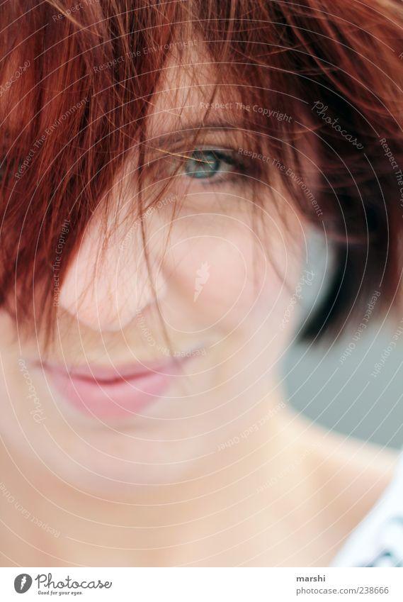 Rotschopf Mensch Frau Jugendliche Gesicht Erwachsene Auge feminin Glück Haare & Frisuren Kopf lachen Junge Frau 18-30 Jahre Lächeln rothaarig Haarsträhne