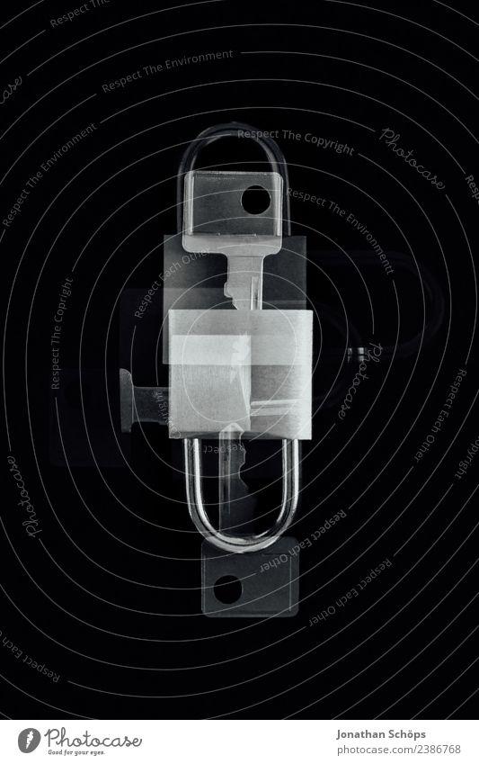 Datenschutz und Verschlüsselung schwarz Business Textfreiraum Europa Sicherheit Symbole & Metaphern geheimnisvoll Gesetze und Verordnungen Schloss