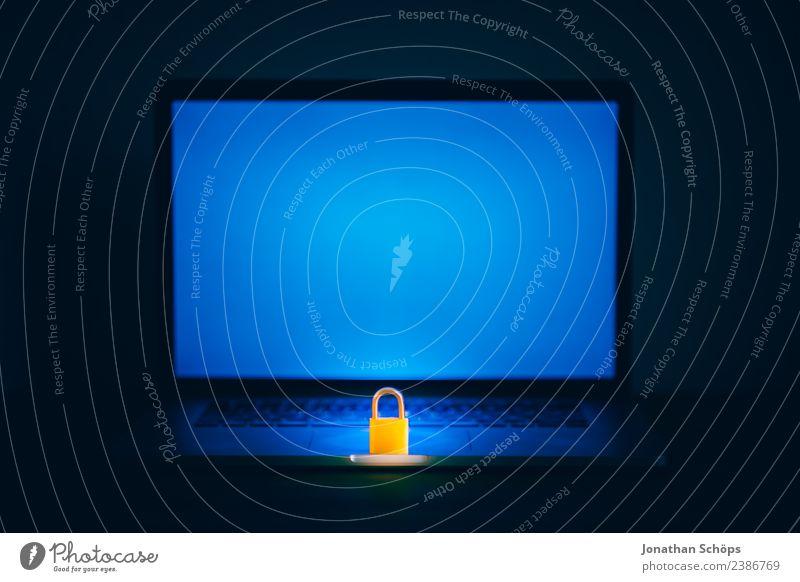 Datenschutz und Verschlüsselung Bildschirm blau schwarz Sicherheit geheimnisvoll 2018 dsgvo datenschutzgrundverordnung big data Textfreiraum verschlüsselt