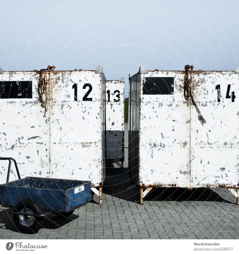 Spiekeroog | 12, 13, 14 Ferien & Urlaub & Reisen Arbeit & Erwerbstätigkeit Güterverkehr & Logistik Dienstleistungsgewerbe Verkehr Container Verpackung Kasten