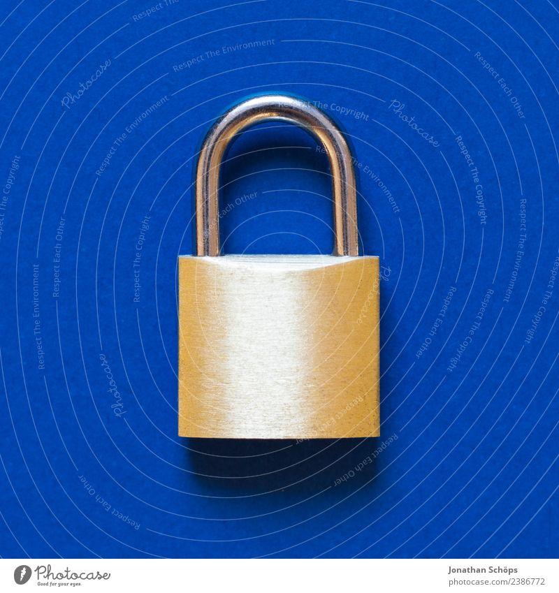 Datenschutz und Verschlüsselung blau Business Textfreiraum gold Europa Sicherheit Symbole & Metaphern Gesetze und Verordnungen Schloss Datenträger Mai Kennwort
