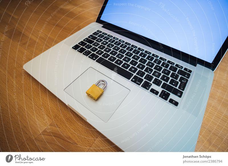 Datenschutz und Verschlüsselung im Home Office Telekommunikation Business Computer Notebook Informationstechnologie Schloss gold Sicherheit dsgvo