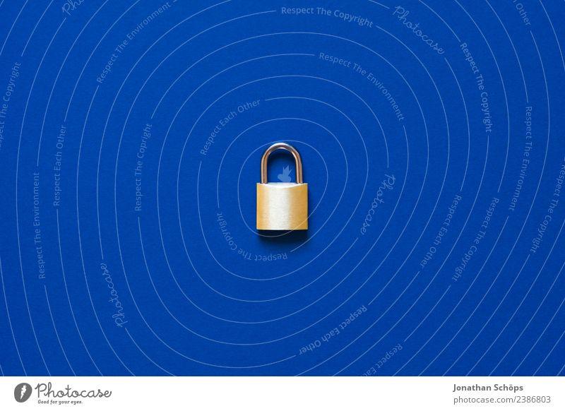 Datenschutz und Verschlüsselung Telekommunikation Business Schloss blau gold Sicherheit 2018 dsgvo datenschutzgrundverordnung big data Textfreiraum