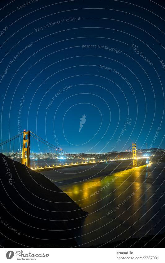 # 747 Golden Gate Bridge Brücke San Francisco Großstadt Nacht Langzeitbelichtung Stern Meer Highway One Wahrzeichen Autobahn Kalifornien Bucht Skyline