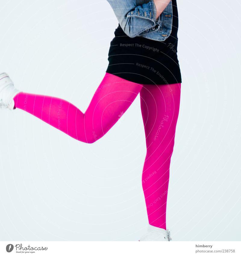 mädchenbild Mensch Frau Jugendliche schön Freude Erwachsene feminin Leben springen Stil Beine Mode rosa Arme Junge Frau 18-30 Jahre