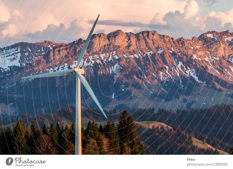 Windenergie Windanlage in den Bergen Himmel Natur Wolken Umwelt Energiewirtschaft Technik & Technologie Windkraftanlage Schweiz Abenddämmerung Umweltschutz