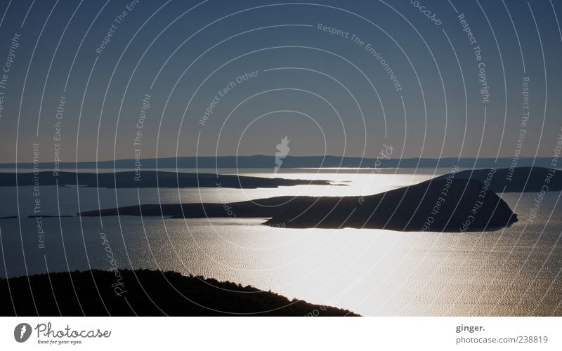 Die Ankunft Himmel Wasser Meer ruhig Landschaft Ferne Gefühle Horizont Insel Schönes Wetter Romantik traumhaft