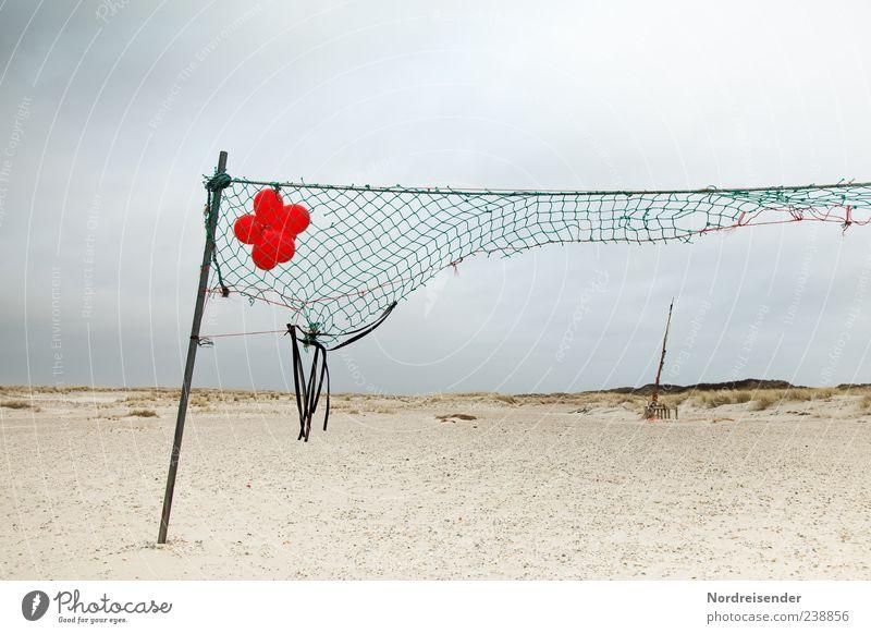 Spiekeroog | Spielen Himmel Natur Ferien & Urlaub & Reisen rot Sommer Meer Strand Wolken Landschaft kaputt Luftballon Netz Nordsee Zerreißen gerissen