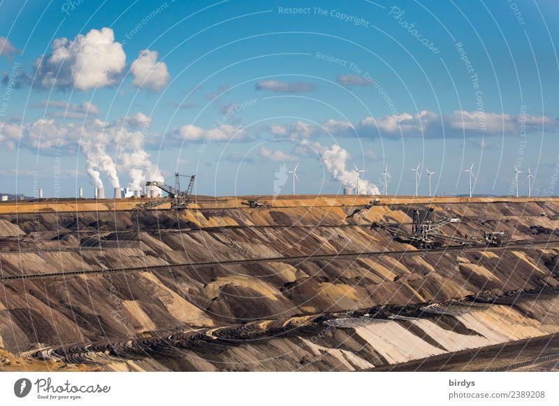 Tagebau Garzweiler Himmel blau Wolken braun Arbeit & Erwerbstätigkeit Energiewirtschaft trist authentisch Schönes Wetter Klima Wandel & Veränderung bedrohlich