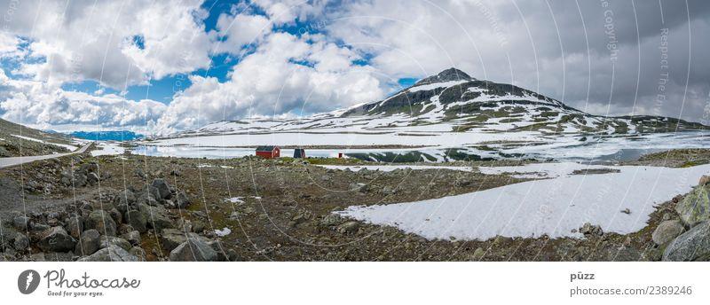 Norway Panorama Himmel Natur Ferien & Urlaub & Reisen blau Landschaft weiß rot Haus Wolken Ferne Berge u. Gebirge Schnee Tourismus Freiheit grau wandern
