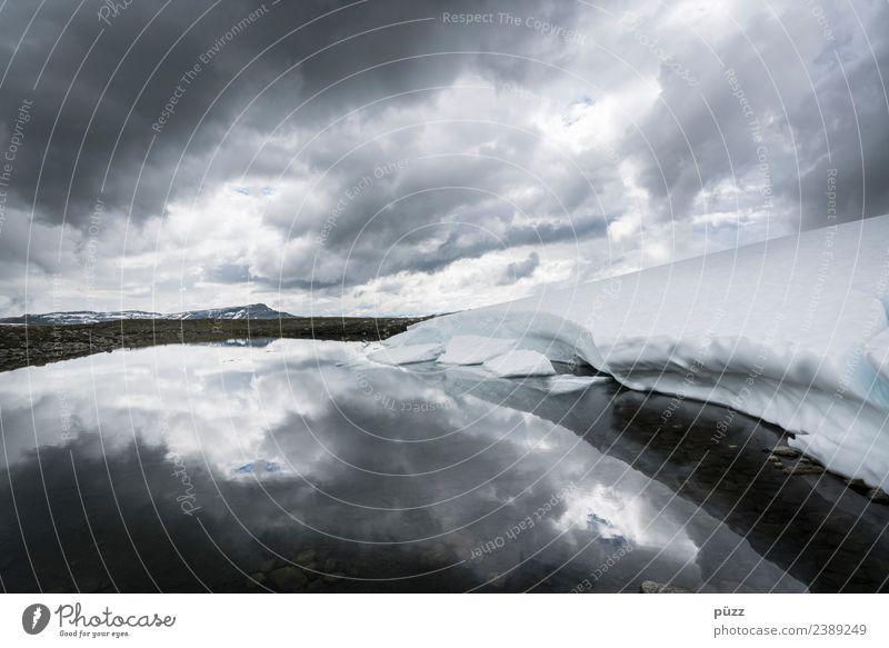 Cloud Mirror Natur Ferien & Urlaub & Reisen Landschaft Einsamkeit Wolken Ferne Berge u. Gebirge Umwelt Schnee Stein grau Felsen wandern Horizont Wetter Luft