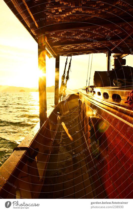 sundown Ferien & Urlaub & Reisen Ferne Freiheit Kreuzfahrt Sommer Sommerurlaub Sonne Meer Wellen Schifffahrt Bootsfahrt Jacht Segelschiff An Bord gelb gold