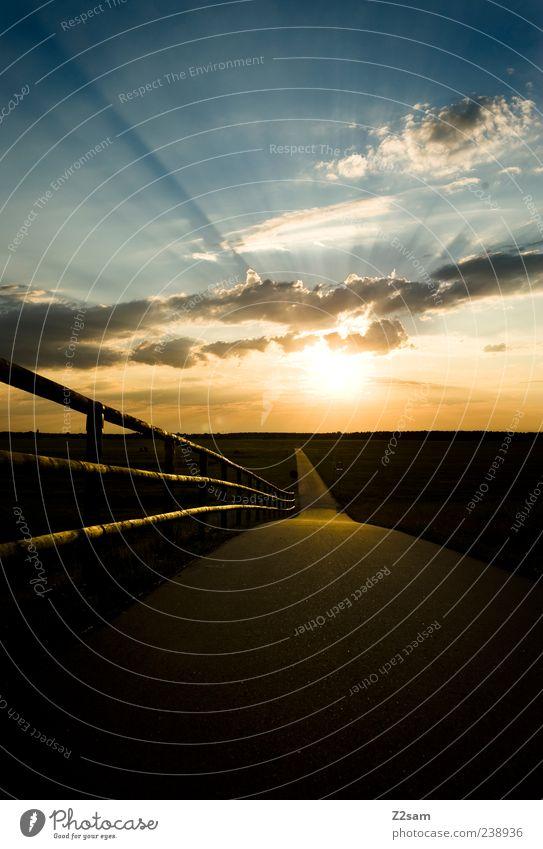 highway to summer Himmel Natur Sonne Sommer Wolken Einsamkeit ruhig Erholung Ferne Umwelt Landschaft Wärme Wege & Pfade Freiheit Horizont Freizeit & Hobby