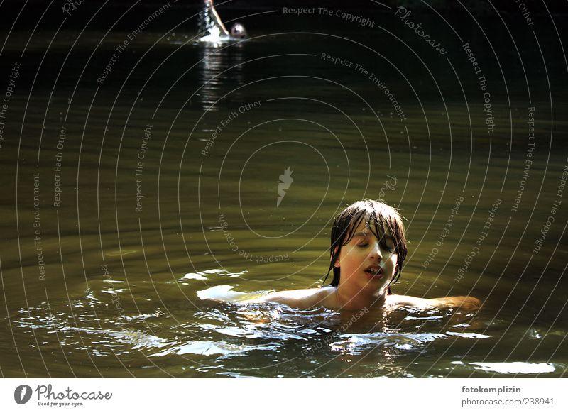 stille wasser Kind Natur Jugendliche Ferien & Urlaub & Reisen Freude Erholung Freiheit Glück See träumen Stimmung Schwimmen & Baden Kindheit wild frei