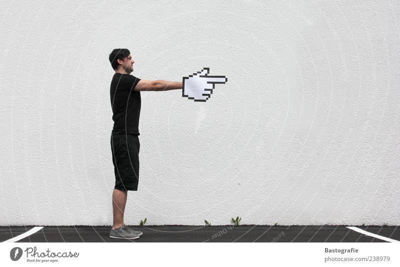 Mickey Mouse 1 Mensch stehen Computermaus Bildpunkt Mauszeiger Internet Richtung richtungweisend zeigen Zeigefinger Hand Pfeil rechts Wege & Pfade Wegweiser