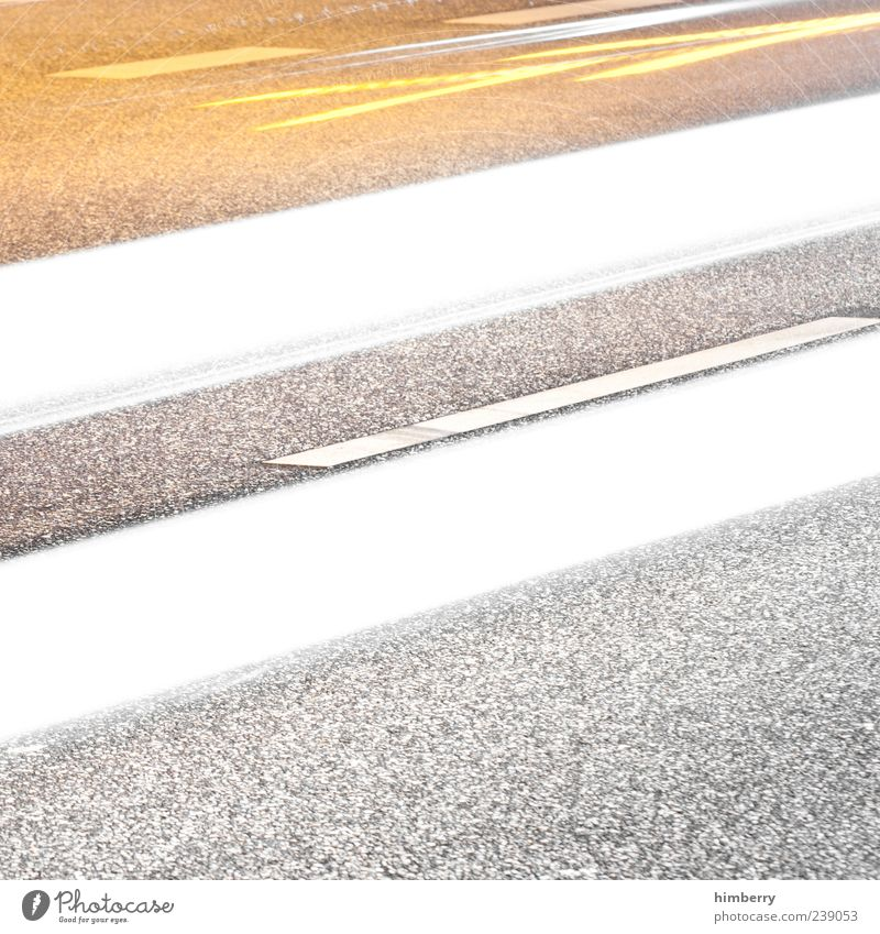 speedway Kunst Verkehr Verkehrswege Straßenverkehr Autofahren Wege & Pfade Autobahn Bewegung Energie Farbfoto Gedeckte Farben Außenaufnahme Nahaufnahme
