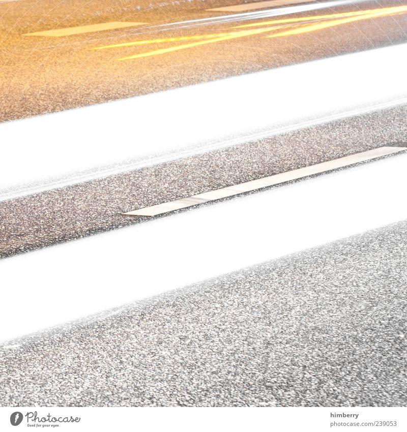 speedway Straße Bewegung Wege & Pfade Kunst Linie hell Energie Verkehr Symbole & Metaphern Asphalt Autobahn Verkehrswege Autofahren Straßenverkehr Lichtstrahl