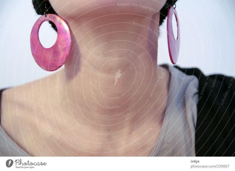 ohne Titel (und ohne Kopf) Mensch feminin Leben oben Stil rosa außergewöhnlich elegant modern Perspektive Lifestyle Coolness retro einzigartig skurril Schmuck
