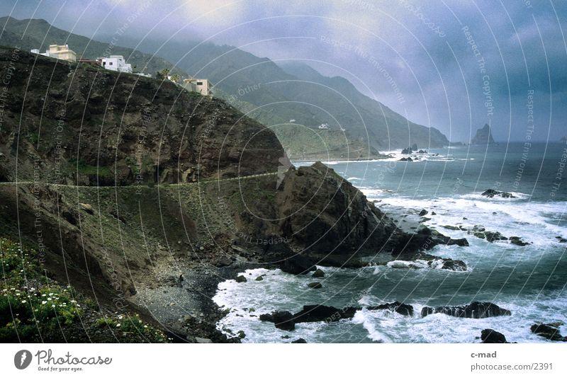 Küste Teneriffas Wolken Farbe Berge u. Gebirge Europa Spanien Brandung Kanaren überblicken