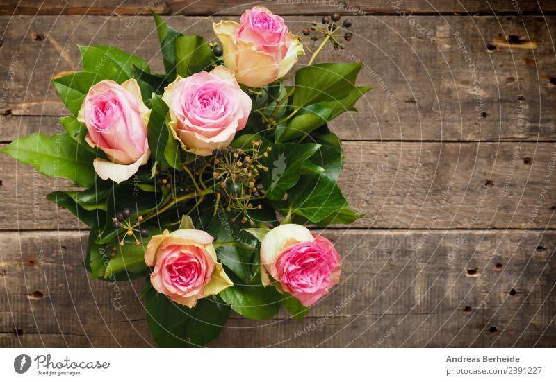 Blumenstrauß mit Rosen in Pink Pflanze Sommer Hintergrundbild Liebe rosa retro Blühend planen Hochzeit altehrwürdig Top Vase Valentinstag schick