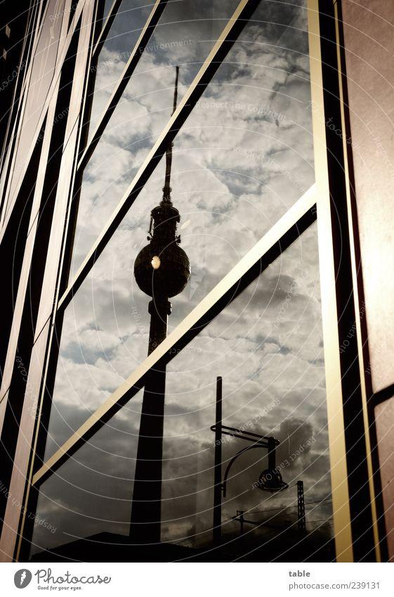 Æ Himmel Stadt Wolken Umwelt dunkel Berlin Architektur Gebäude Deutschland Wetter Glas Fassade Beton Hochhaus stehen Europa