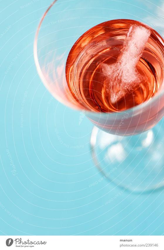 apéritif blau kalt Feste & Feiern Glas frisch Lifestyle Getränk trinken Wein genießen lecker Alkohol trendy Cocktail Sekt Erfrischungsgetränk