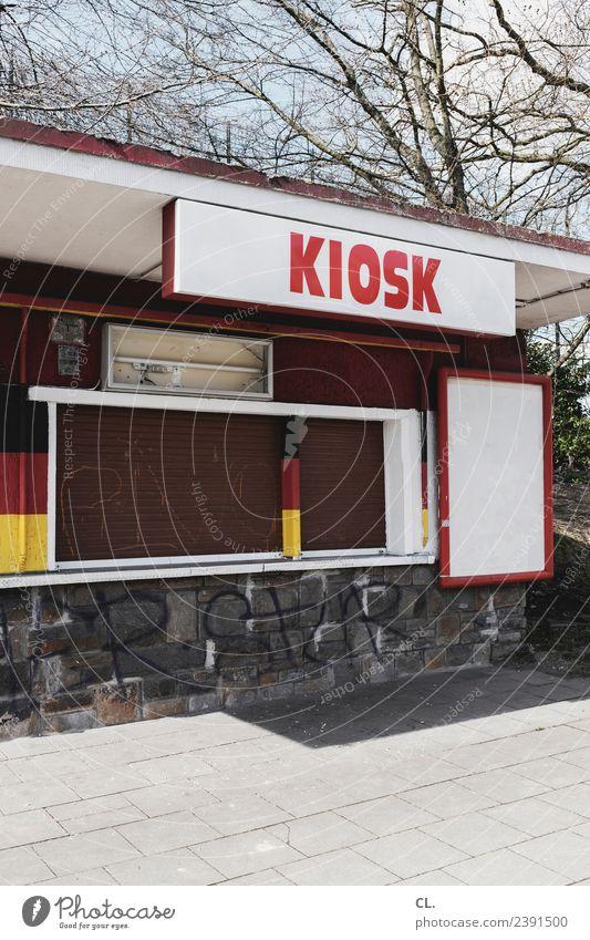kiosk, ruhrgebiet Schönes Wetter Stadt Essen Ruhrgebiet Menschenleer Deutsche Flagge Zeichen Schriftzeichen Schilder & Markierungen Fahne alt authentisch trist