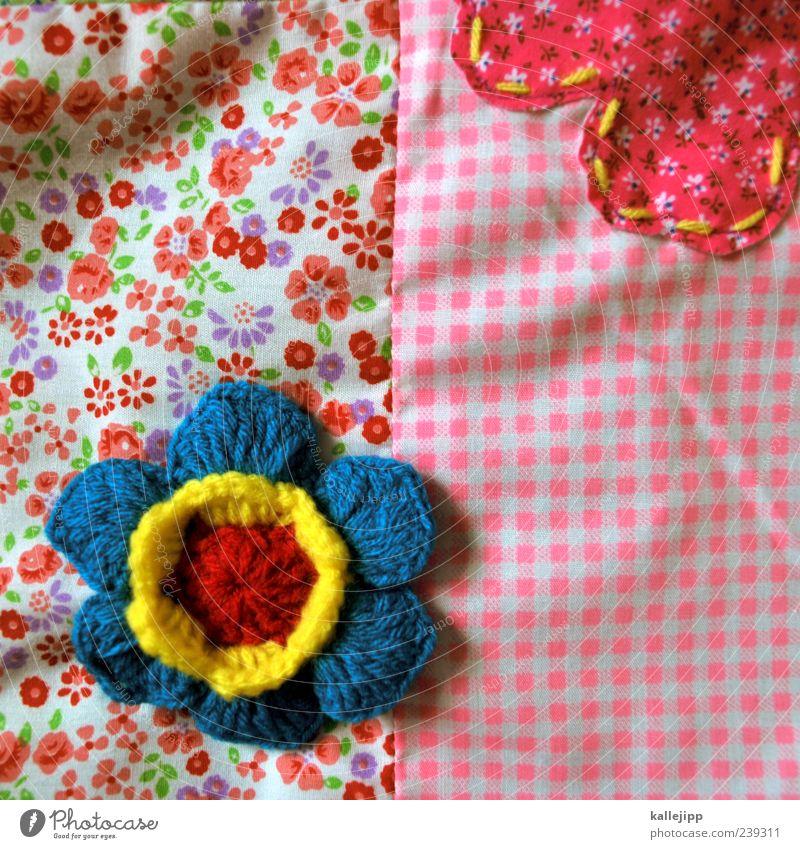stoffblumen Dekoration & Verzierung Blume Stoff Muster gehäkelt kariert rosa blau Naht kombination kombinieren verbinden Tuch Textilien Farbfoto mehrfarbig