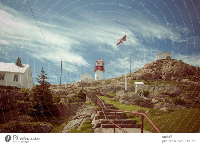 Norwegen Ferien & Urlaub & Reisen Haus Felsen Treppe Reisefotografie Fahne Leuchtturm Fahnenmast Gebäude Skandinavien