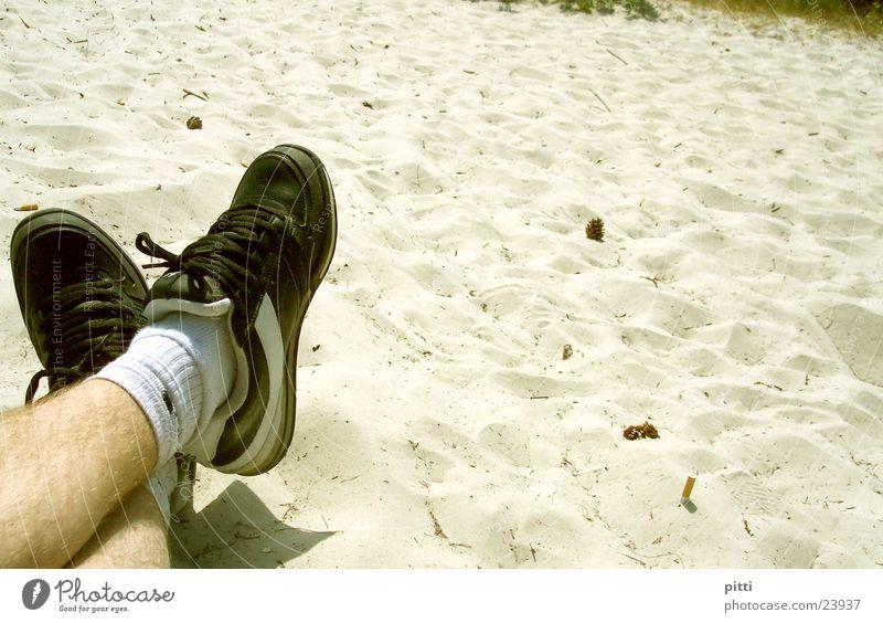 strandsand 2 Strand Erholung Sand Schuhe Beine